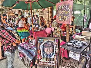 How Weird 2017 - vendor on Art Alley