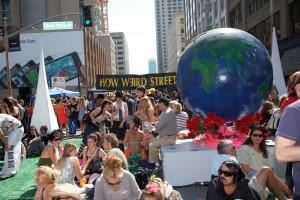 How Weird 2009 - center intersection